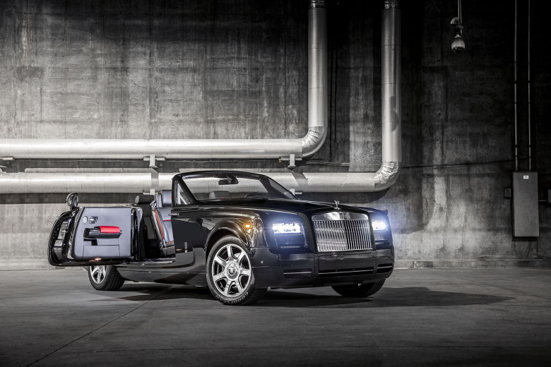 rolls-royce-phantom-drophead-coupe