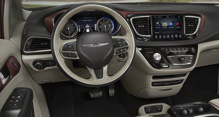 2017-Chrysler-Pacifica interior